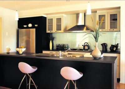 painted glass backsplash kitchen Ashmore